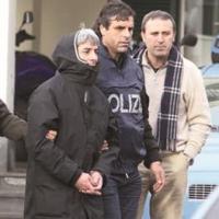 """Napoli/ Ordinanza in carcere a uno dei killer di """"Lulluccio"""" Esposito durante la faida Iacomino-Ascione"""