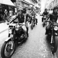 """Chiedi chi erano i """"Falchi"""". Storia della polizia antiscippo a Napoli"""